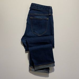 Gap ~ -Real Straight Dark Wash Denim ~ Size 28r